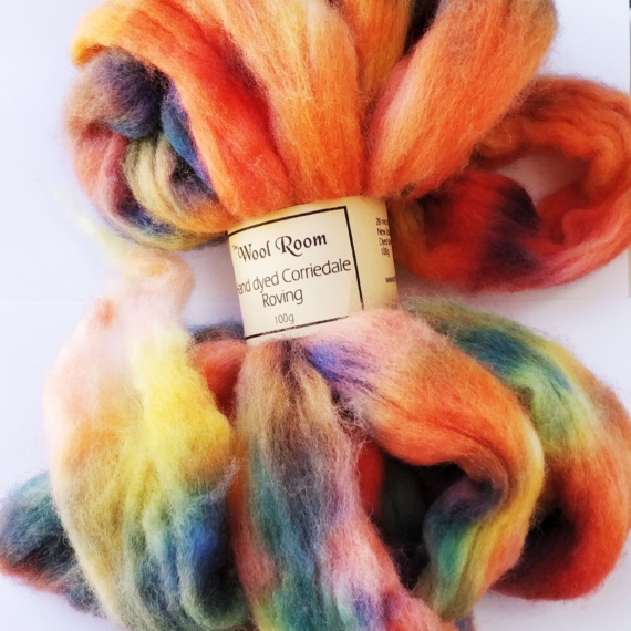 Hand Dyed Corriedale Roving - Fizzy Pop