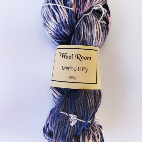 Hand Dyed Merino Wool 8 Ply 100g - Myrtille