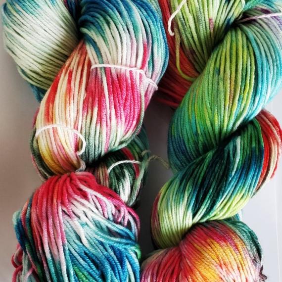 Hand Dyed Merino Wool 8 Ply 100g - Rainbow Star
