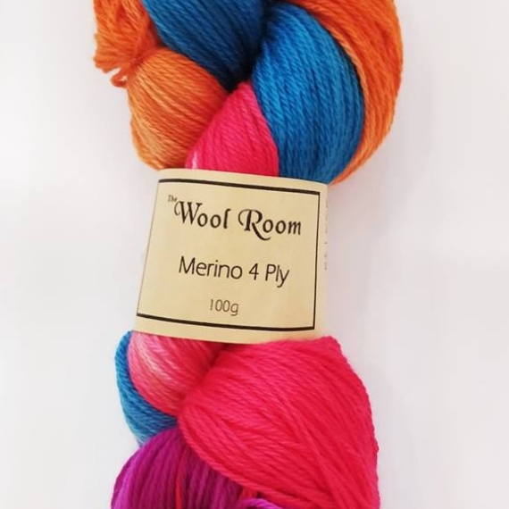 Hand Dyed Merino Wool 4 Ply 100g - Button Smudge
