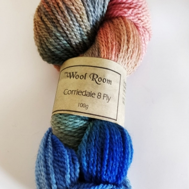 Hand Dyed Corriedale 8 Ply - Sunset Ocean
