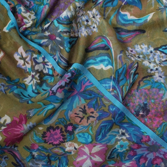 Nova Flowers Print Wool Silk Scarf