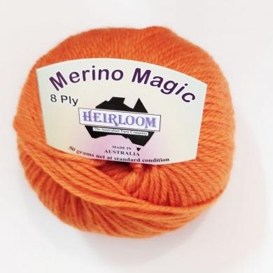 Heirloom Merino Magic 8 Ply - Black