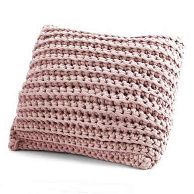 Hoooked Zpagetti Crochet Cushion Kit - Vintage Pink