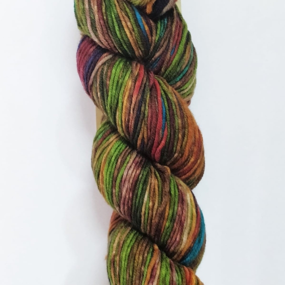 Urth Uneek Worsted 100g - 4002