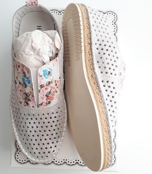 Vera Silver Blossom Leather Shoe