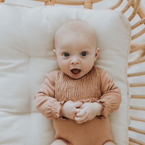 L'oved Baby Organic Smocked Bodysuit