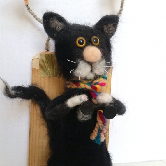 Tom The Twitcher Hand Felted Cat