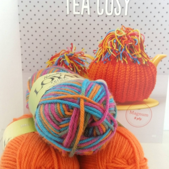 Knitted Wool Tea Cosy Kit