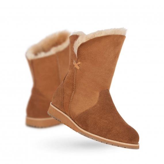 Emu Bells Beach Lo Sheepskin Boot Chestnut