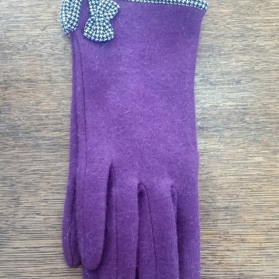 Purple Wool Gloves With Bow